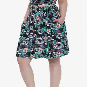 NWT Tropical Print Skirt